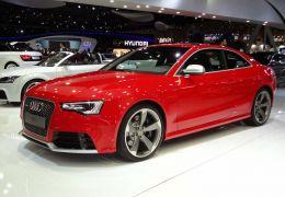 Novo Audi RS5 com motor de 500 cv pode chegar em 2016