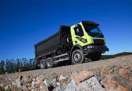 Lançamento do caminhão Volvo VM 6X4R 32 ton