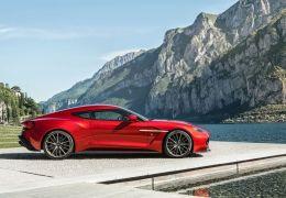 Aston Martin Vanquish 2018 pode apresentar motor V12 com 800 cv