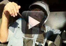 Apresentador capota em carro durante gravações