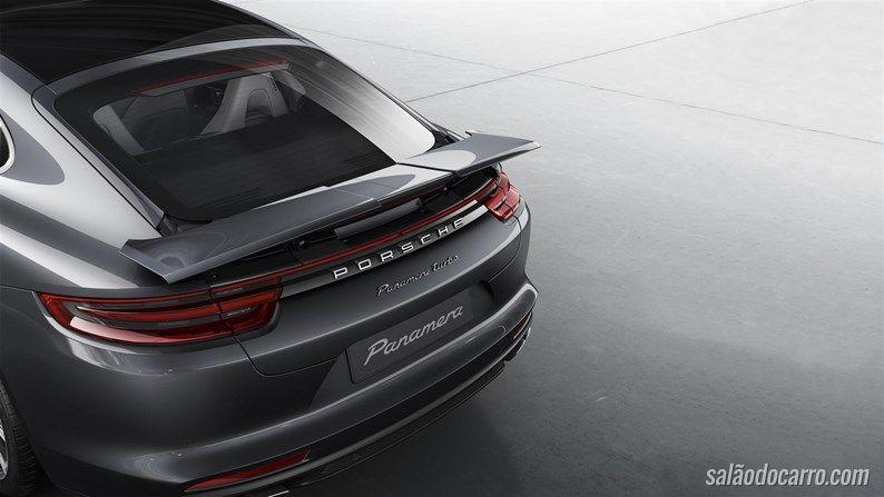 Porsche revela conceito com ares futuristas