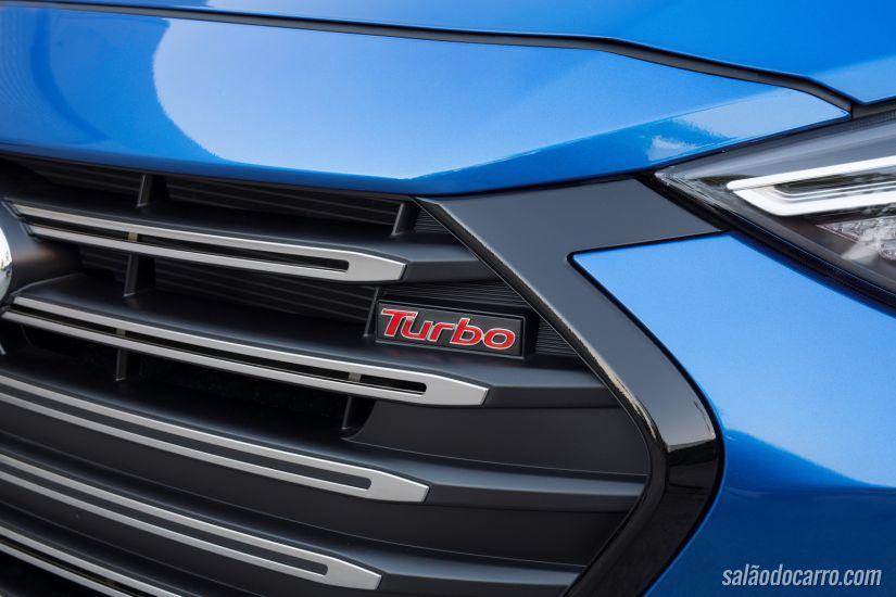 Hyundai apresenta Elantra Sport 2017 com motor 1.6 turbo