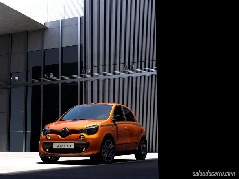 Twingo RS não permite espaço para motor maior