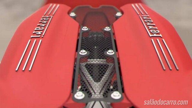 Ferrari mostra como é o V8 turbo por dentro