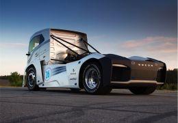 Volvo apresenta o The Iron Knight, o caminhão pesado mais rápido do mundo