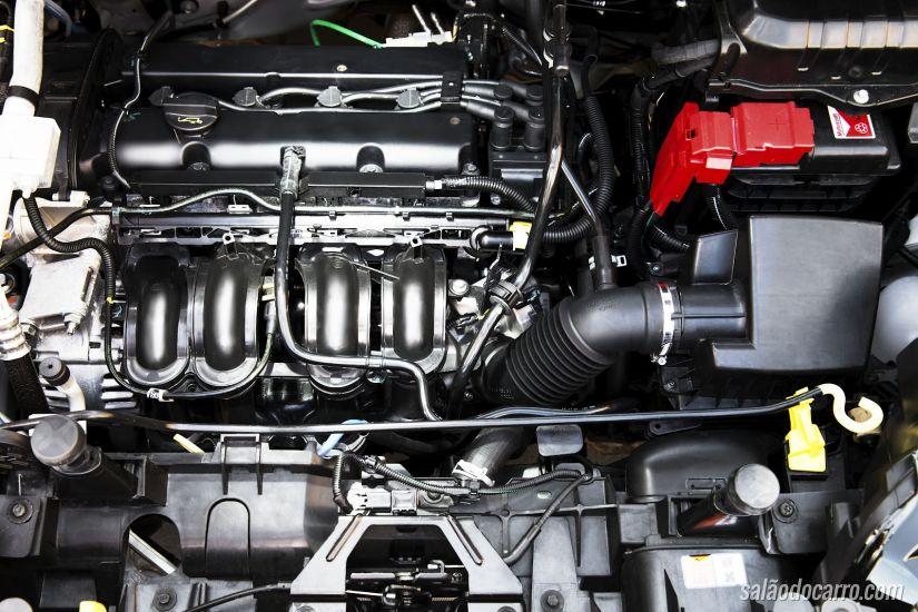 Como higienizar um motor automotivo