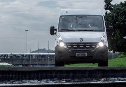 Impressões da Renault Master Minibus L3H2 16 Lugares