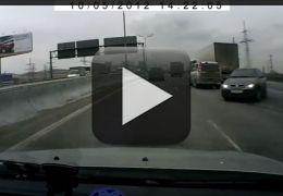 Vídeo compila acidentes automobilísticos estranhos na Rússia