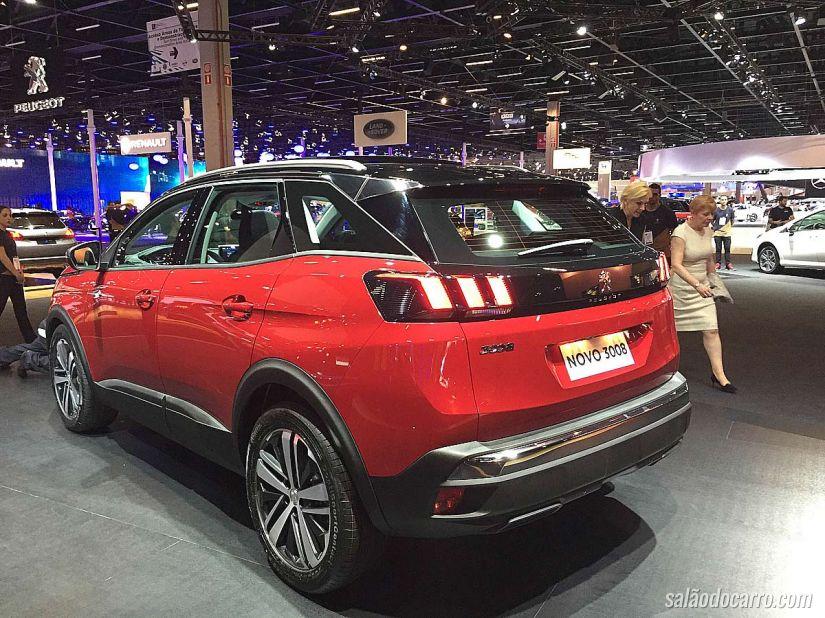 Conheça as novidades do Peugeot 3008 DKR