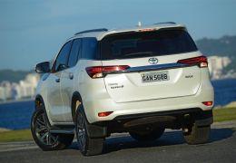 Teste da Toyota SW4 SRX diesel com 5 lugares