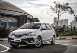 Toyota Etios 2018 chega ao mercado com alterações visuais