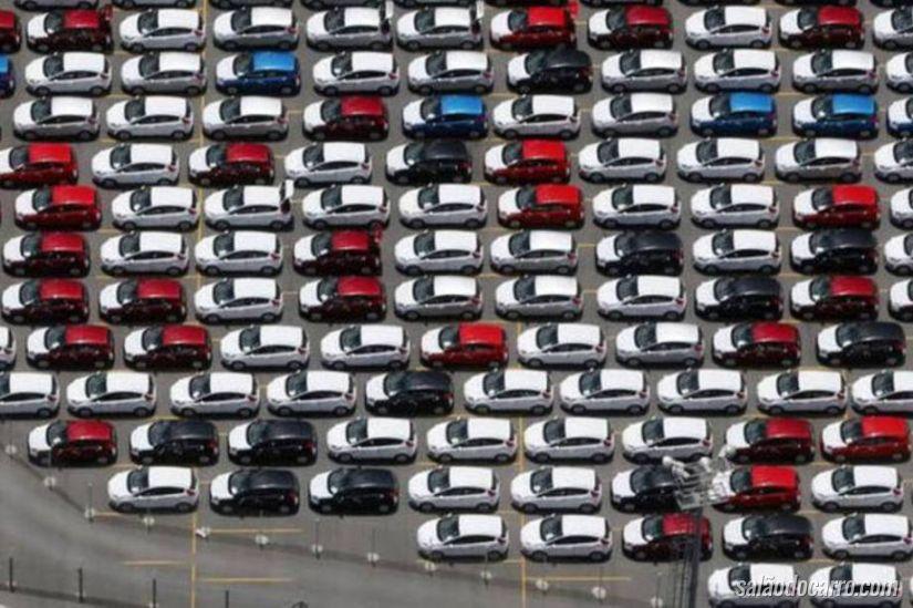 Produção de carros brasileiros aumenta em janeiro
