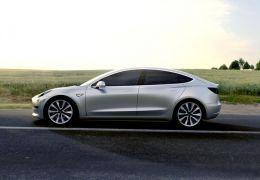 Tesla Model 3 começa a ser produzido ainda este mês