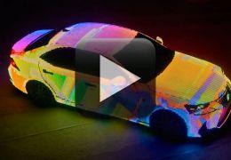 Lexus cria carro cheio de LEDs para semana da moda