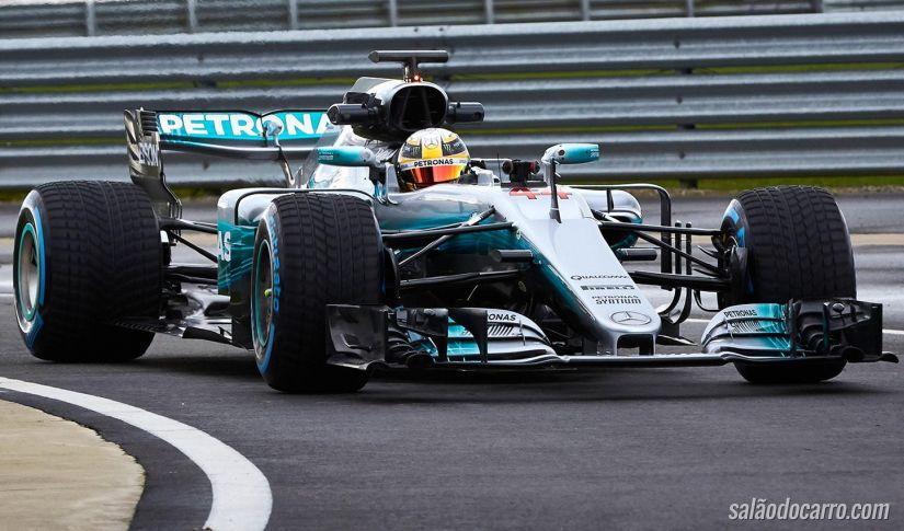 """Mercedes aposta em carro """"magrinho"""" para temporada 2017 da F1"""