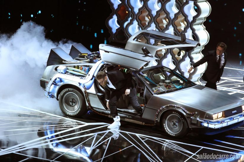 Delorean aparece na cerimônia do Oscar