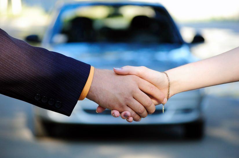 Venda de carros novos apresenta primeira alta em 2 anos