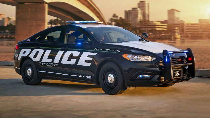 Fusion Hybrid ganha versão policial