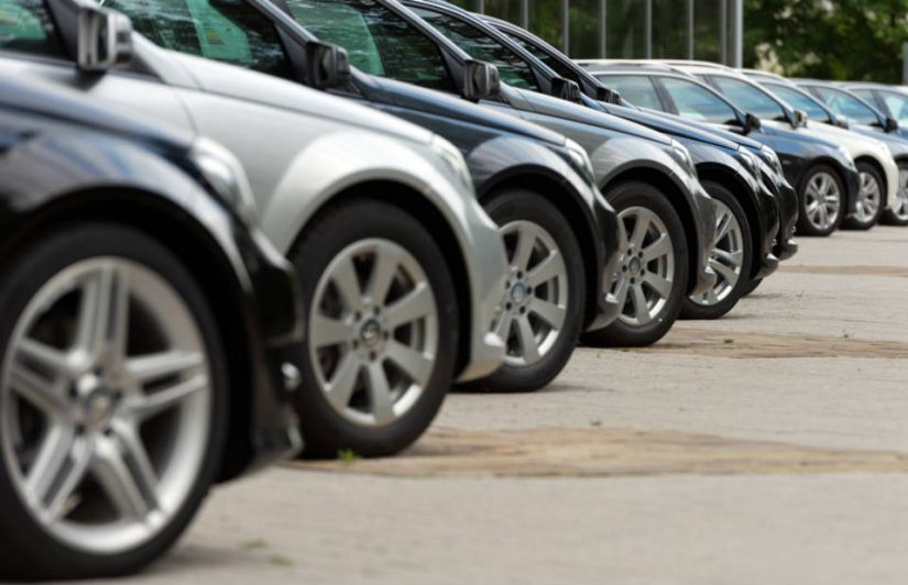 Abril registra queda na venda de carros
