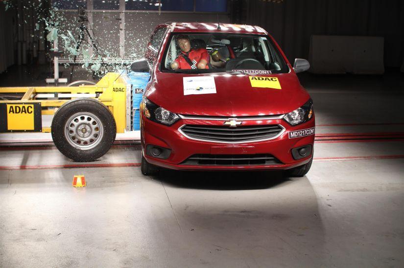 Chevrolet Onix zera teste de segurança do Latin NCap
