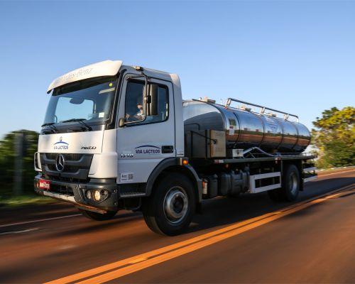 Mercedes-Benz lança Pacote Robustez para a linha rodoviária dos semipesados Atego