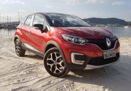 Novas versões do Renault Captur oferecem motor 1.6 e câmbio CVT