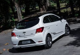 Teste do Chevrolet Onix Effect 2018