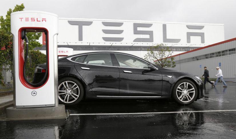 Tesla quer fabricar carros elétricos na China