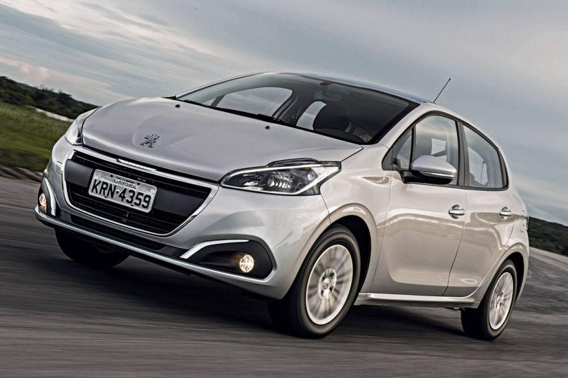Peugeot vai dar câmbio automático de graça para 208 e 2008