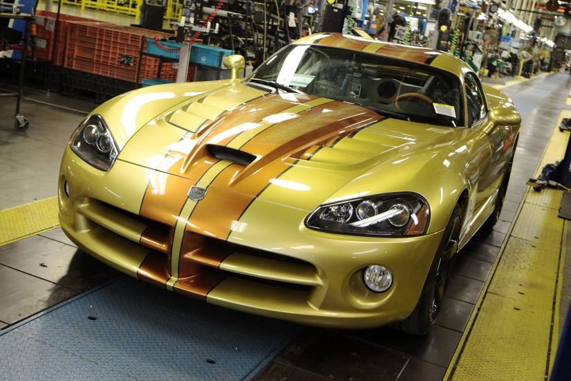 Dodge encerra produção de Viper