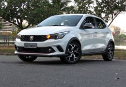 Teste do Fiat Argo HGT Manual