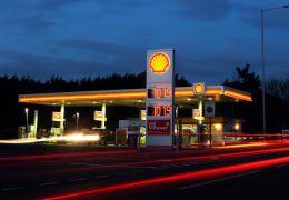 Shell anuncia compra de rede de recarga de carros elétricos