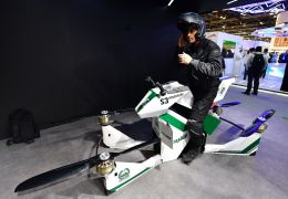 "Dubai terá ""moto voadora"" para patrulha"