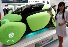 Carro conceito apresenta airbags do lado de fora do veículo