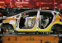 Produção de carros no Brasil cresce 42% em outubro