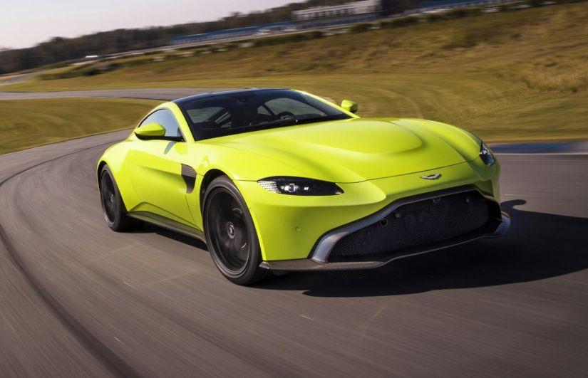 Aston Marin revela informações e imagem da nova geração do Vantage