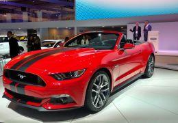 Ford Mustang estreia oficialmente no mercado brasileiro