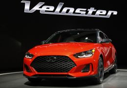 Nova geração do Veloster terá família de motores inédita