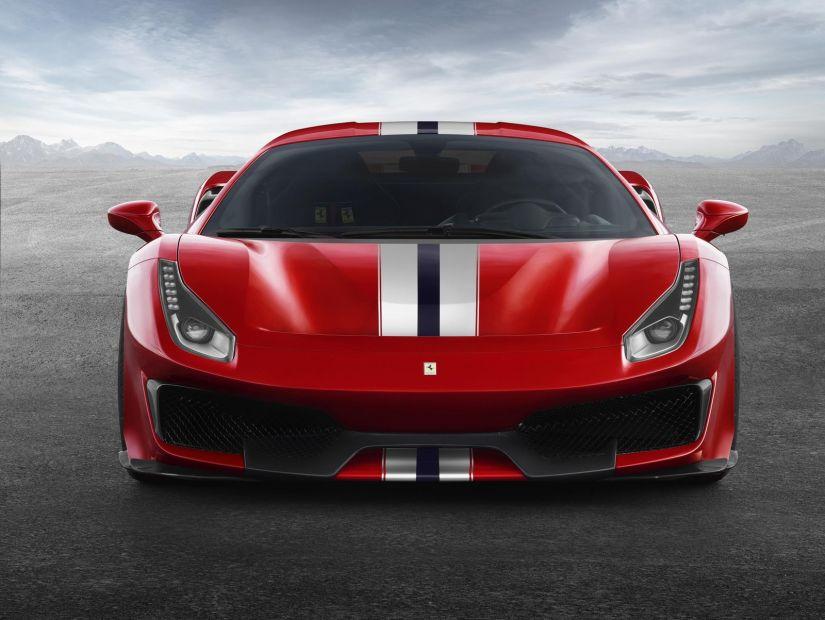 Ferrari apresenta modelo esportivo 488 Pista