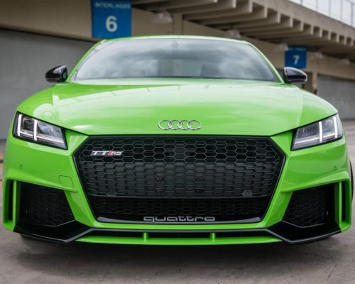 Teste do novo Audi TT RS