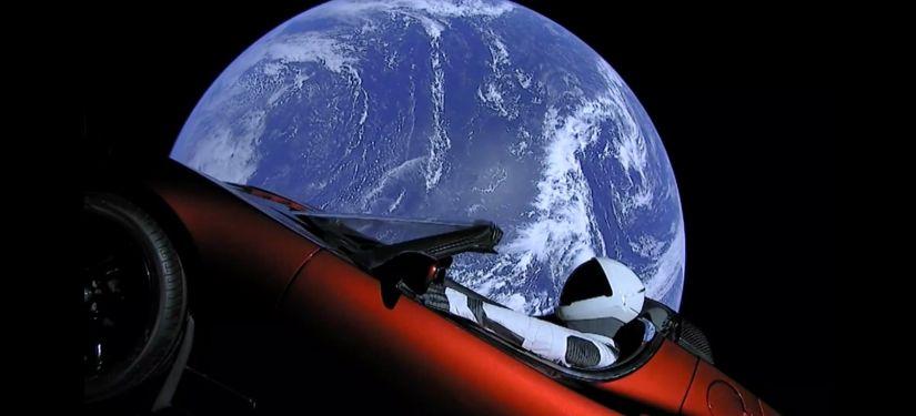 Cientistas afirmam que carro de Elon Musk pode destruir vida em Marte