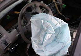 Airbags mortais: Montadoras sabiam os riscos desde 2003