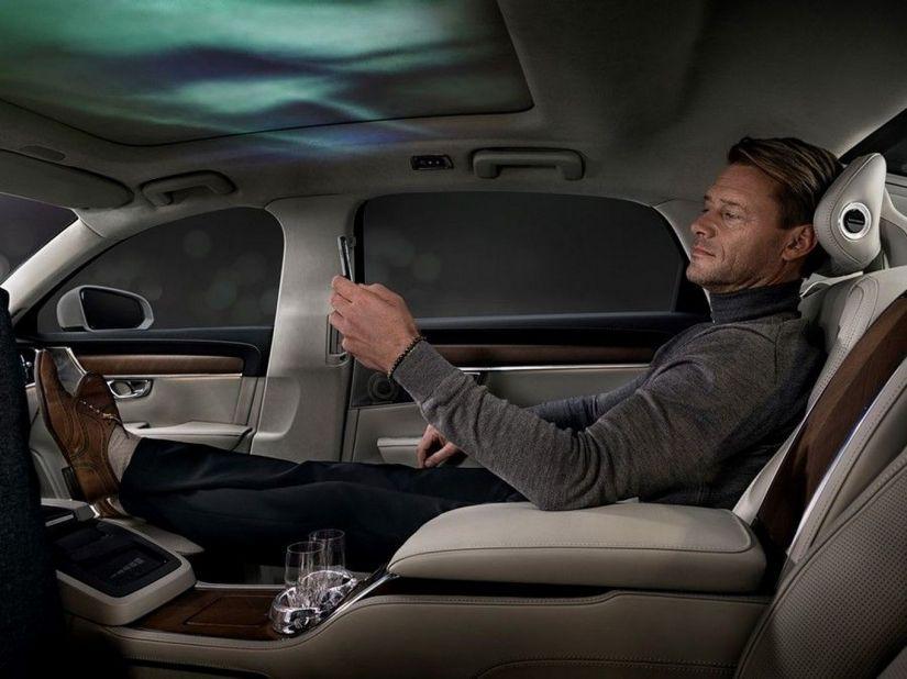 Volvo mostra interior de carro criado para estimular os sentidos