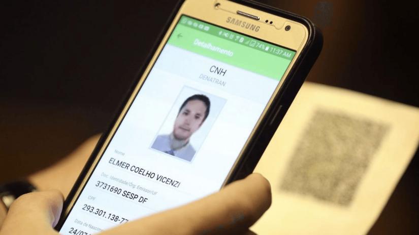 Goiás e Piauí optam por cobrar por CNH Digital