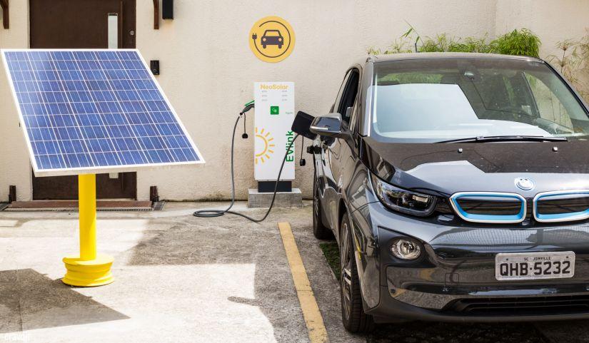 Venda de elétricos e híbridos cresce 65% no Brasil