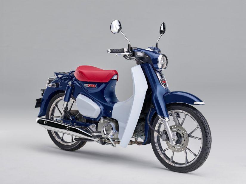 """Honda lança """"Biz retrô"""" para o mercado europeu"""