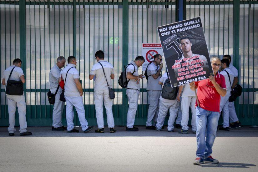 Trabalhadores da Fiat Chrysler anunciam greve em protesto a contratação de Cristiano Ronaldo