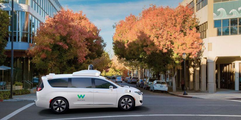 Carros autônomos da Waymo vão transportar clientes do Walmart