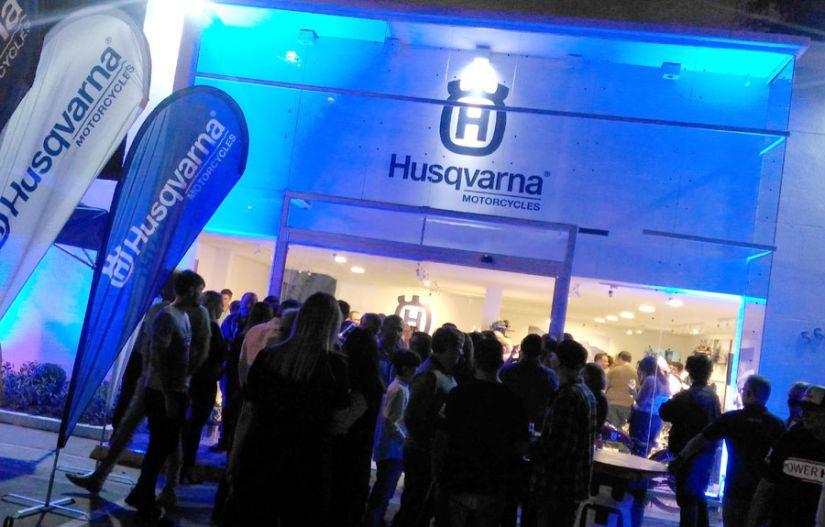 Husqvarna inaugura revenda de motos no Brasil