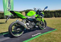 Kawasaki lança Ninja 400 no Brasil